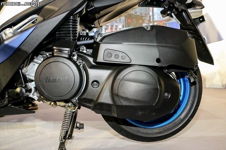 xe tay ga Yamaha Force 2017 ra mat anh 11