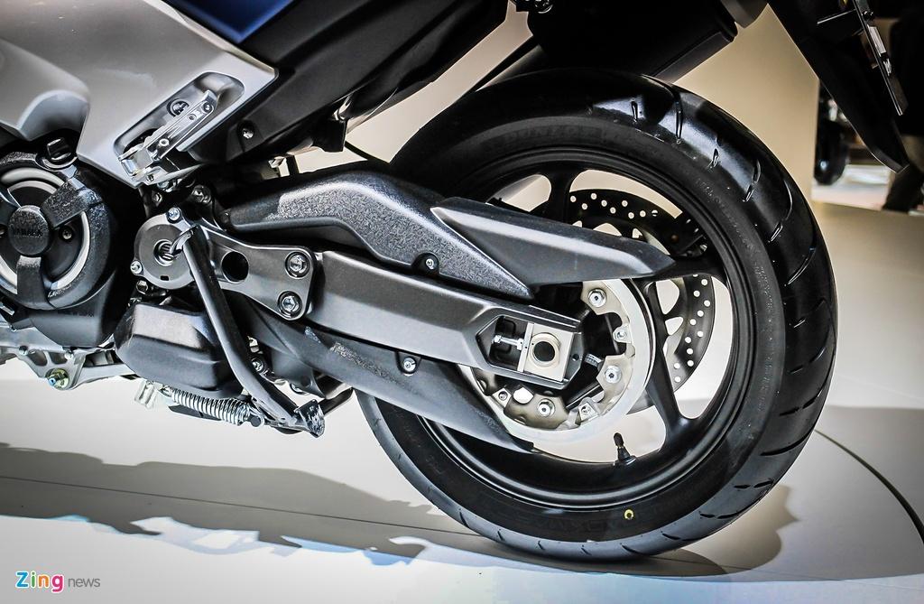 Yamaha trinh lang TMAX 2017 - xe tay ga 530 phan khoi hinh anh 6
