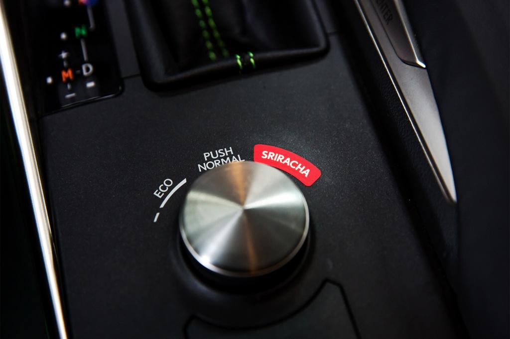 Lexus hop tac cong ty tuong ot san xuat mau xe dac biet hinh anh 6