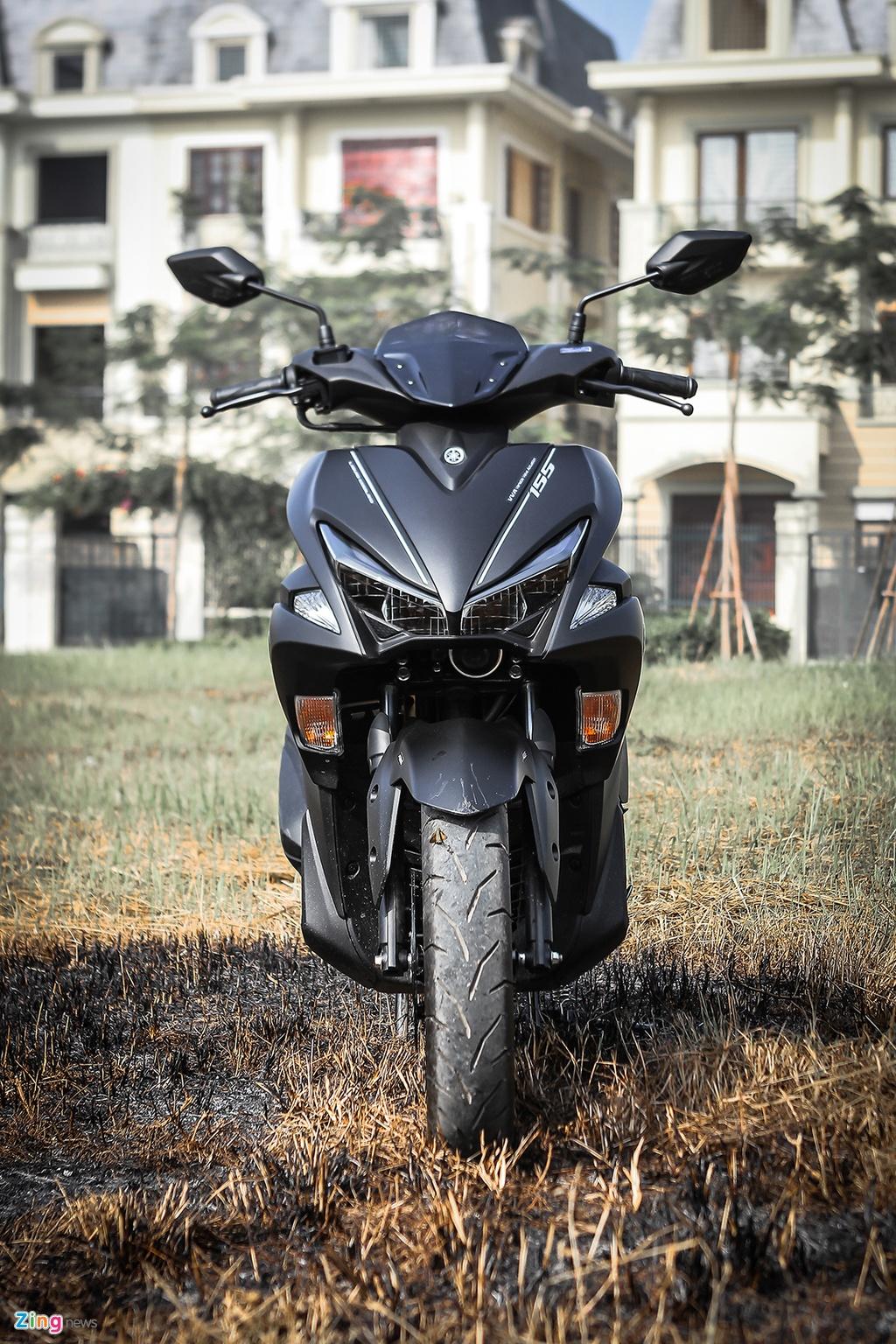 Yamaha NVX dac biet mau den mo moi ban tai Viet Nam hinh anh 2