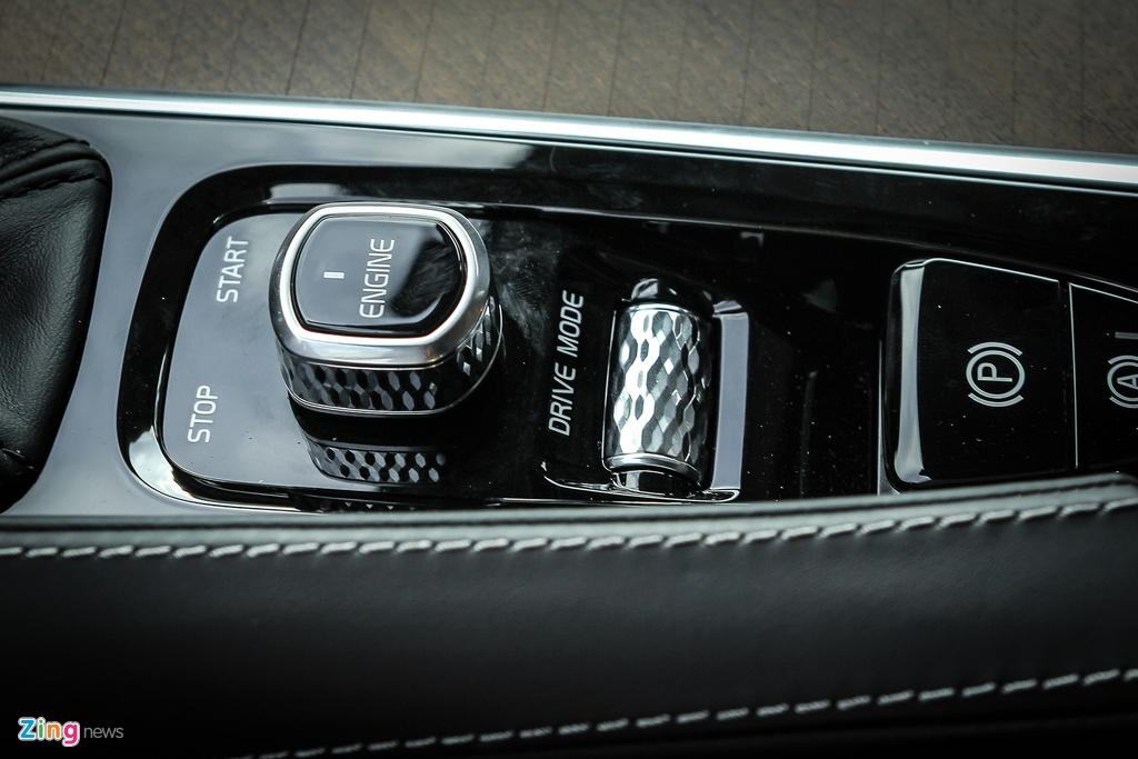 Volvo S90: Gia hon 2 ty, canh tranh E-Class tai VN hinh anh 10