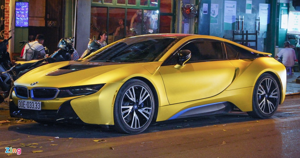 Anh dep xe the thao 7 ty BMW i8 tren duong pho Viet Nam hinh anh 6