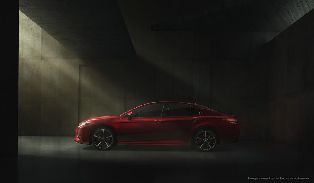 Anh thuc te Toyota Camry 2018 hinh anh 8