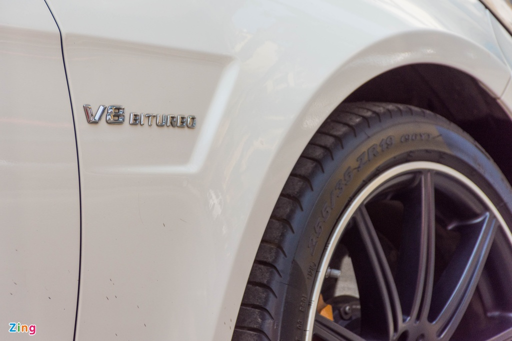Mercedes E63 S AMG tai Viet Nam anh 7
