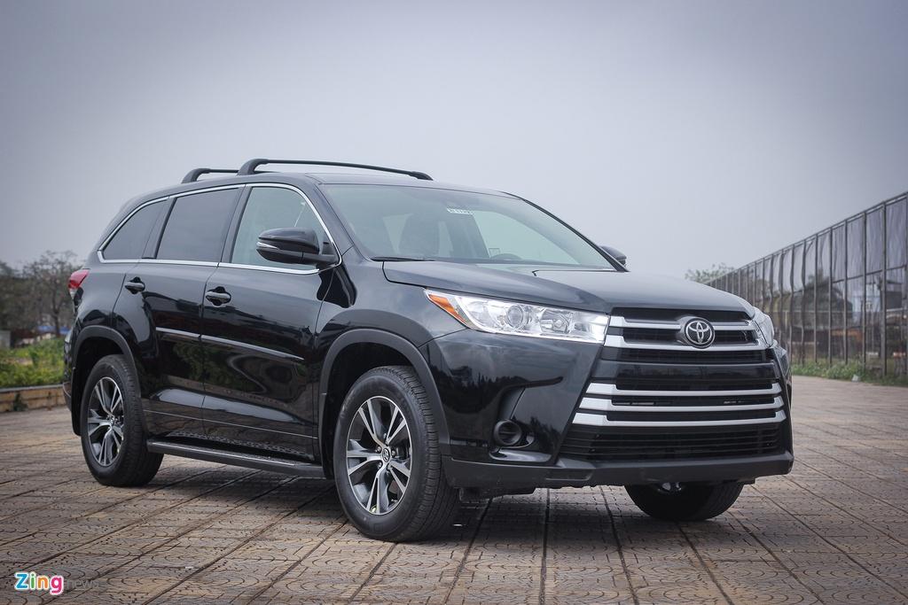 Toyota Highlander 2017 LE gia hon 2 ty tai Ha Noi hinh anh 1