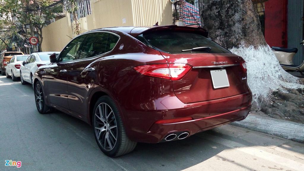 Maserati Levante mau la gia hon 5 ty lan banh tai Ha Noi hinh anh 5