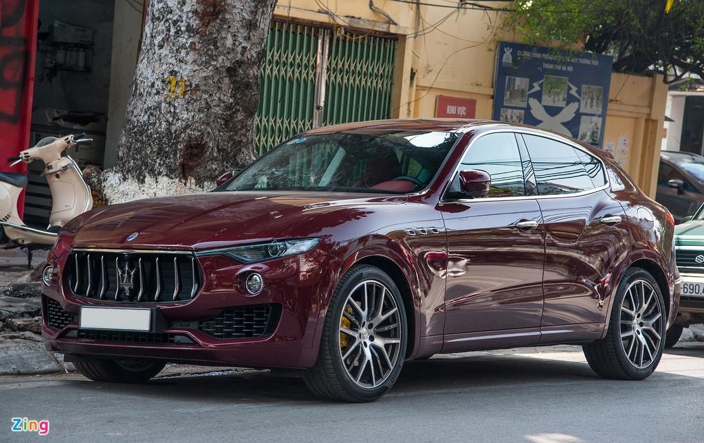 Maserati Levante mau la gia hon 5 ty lan banh tai Ha Noi hinh anh 1