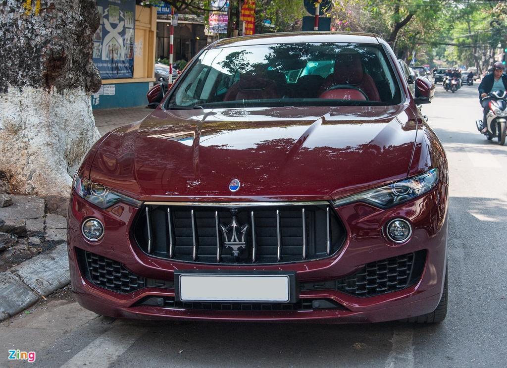 Maserati Levante mau la gia hon 5 ty lan banh tai Ha Noi hinh anh 3