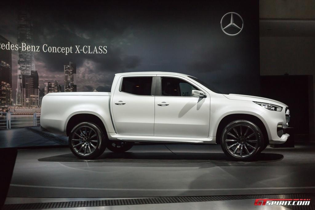 Mercedes-Benz trung bay xe ban tai hang sang X-Class concept hinh anh 1
