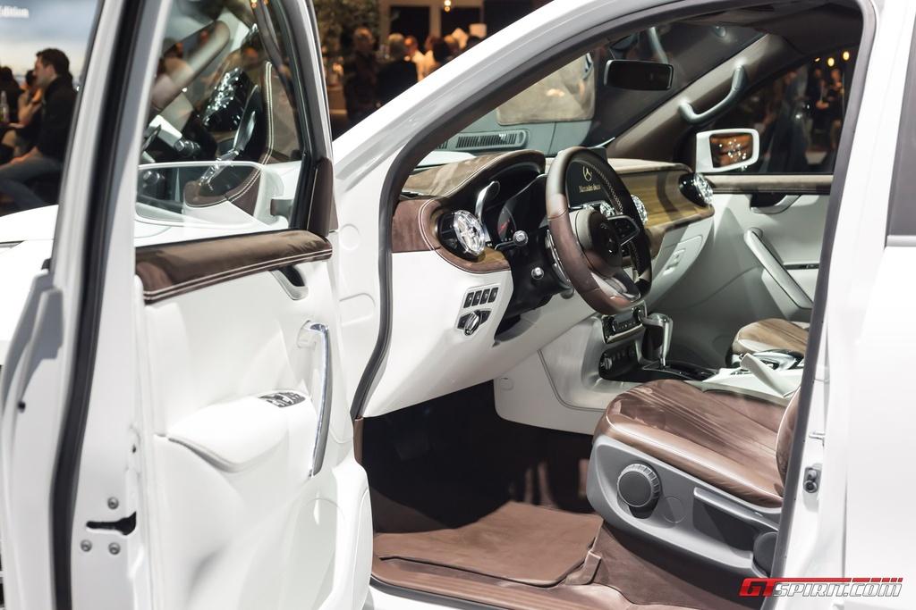 Mercedes-Benz trung bay xe ban tai hang sang X-Class concept hinh anh 5