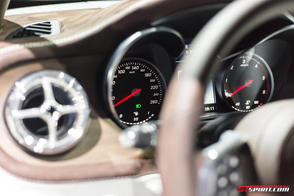 Mercedes-Benz trung bay xe ban tai hang sang X-Class concept hinh anh 7