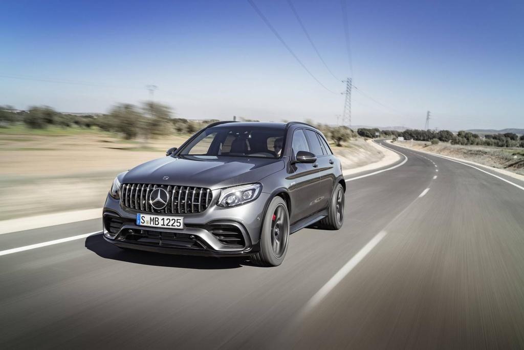 Mercedes GLC 63 AMG 2018 cong suat tu 476 ma luc hinh anh 2