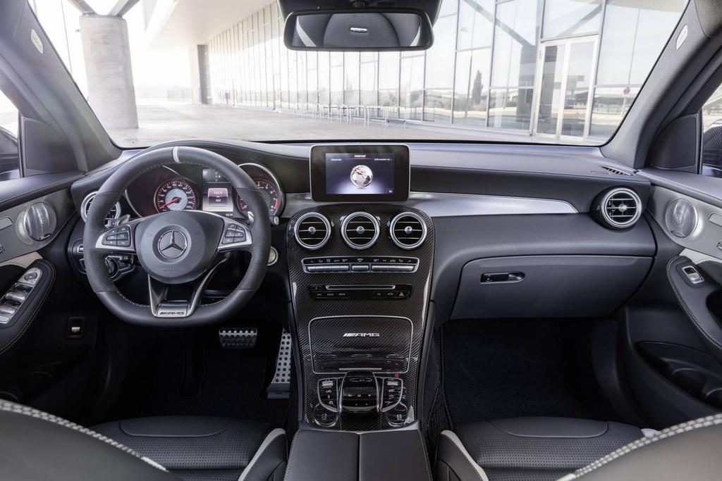 Mercedes GLC 63 AMG 2018 cong suat tu 476 ma luc hinh anh 7