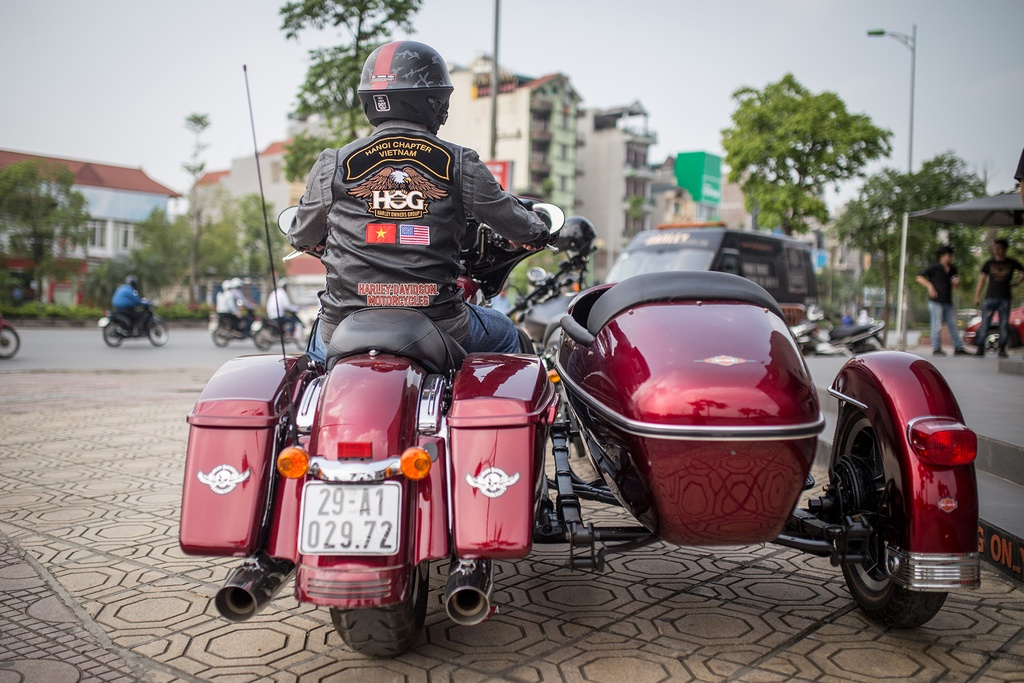 Biker Viet chay Harley-Davidson tu Sai Gon ra Ha Noi anh 7