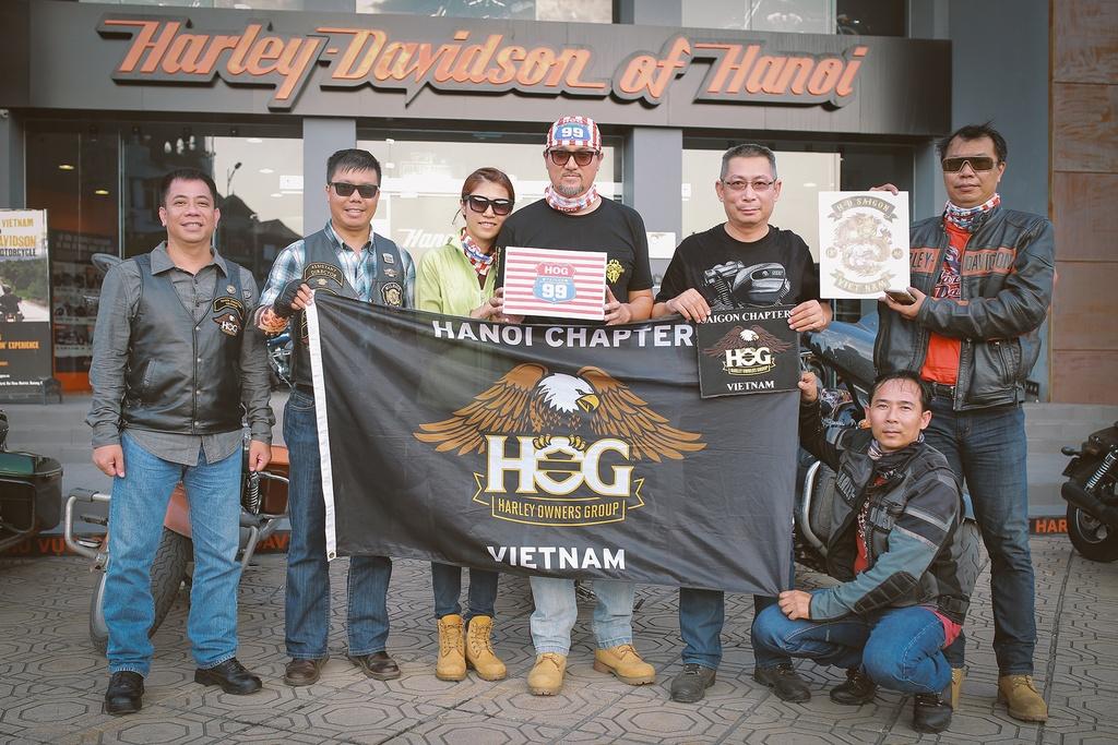 Biker Viet chay Harley-Davidson tu Sai Gon ra Ha Noi anh 9