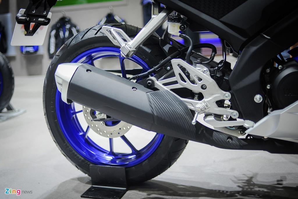 Yamaha YZF-R15 2017 tai VN co den pha LED, dong ho dien tu hinh anh 8
