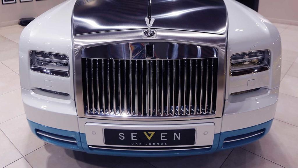 Rolls-Royce Phantom mui tran cuoi cung ra mat tai A-rap hinh anh 7