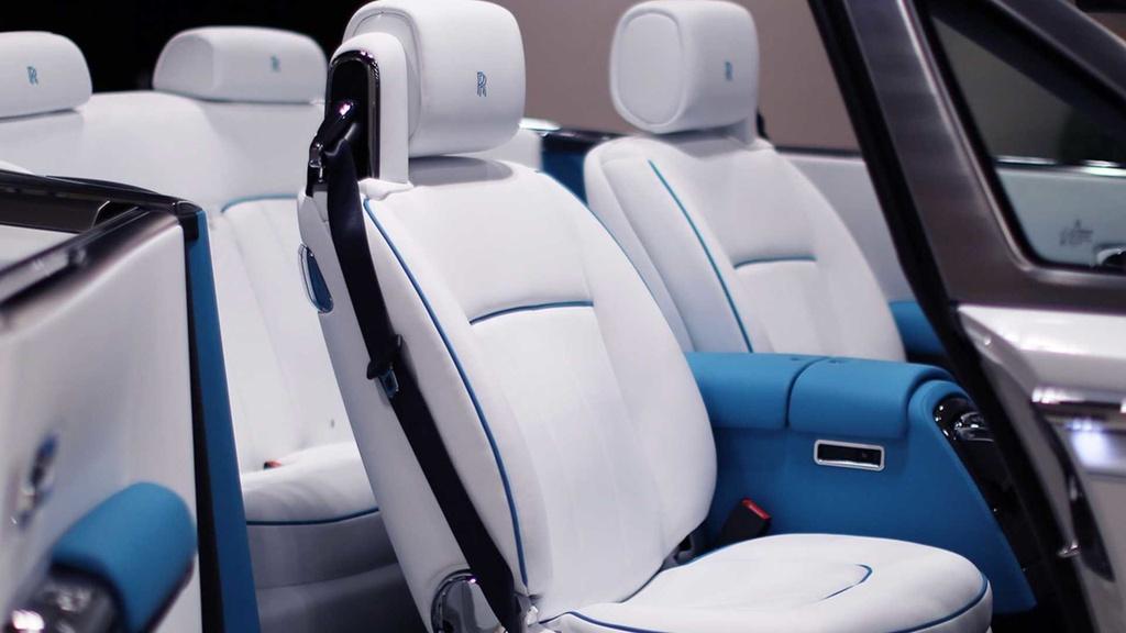 Rolls-Royce Phantom mui tran cuoi cung ra mat tai A-rap hinh anh 5