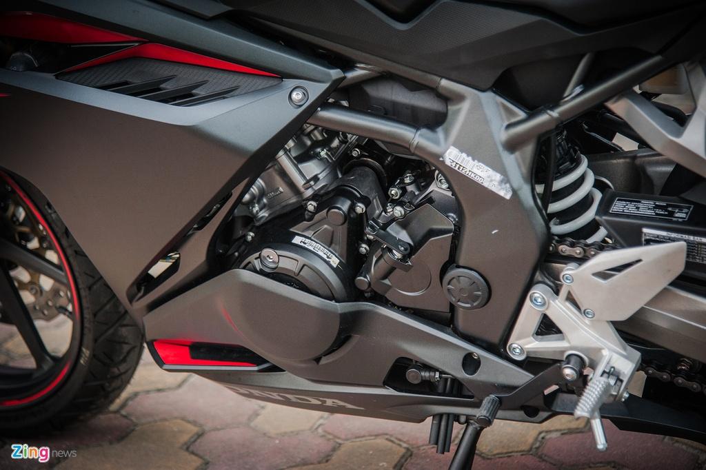 Honda CBR250RR 2017 gia hon 200 trieu dau tien tai Ha Noi hinh anh 10