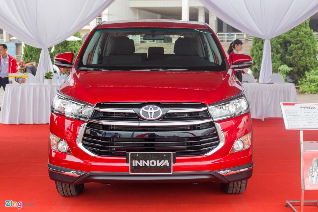 Toyota Innova Venturer moi gia 855 trieu tai Viet Nam hinh anh 3