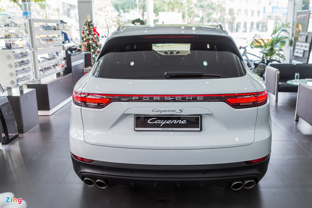 Porsche Cayenne S 2018 ban do phu kien gia hon 7 ty tai Viet Nam hinh anh 3
