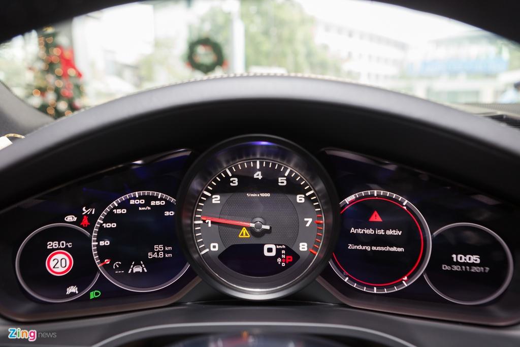Porsche Cayenne S 2018 ban do phu kien gia hon 7 ty tai Viet Nam hinh anh 10