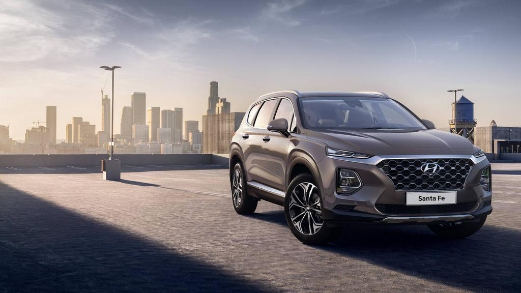 Hyundai Santa Fe 2019 lot xac hoan toan hinh anh 2