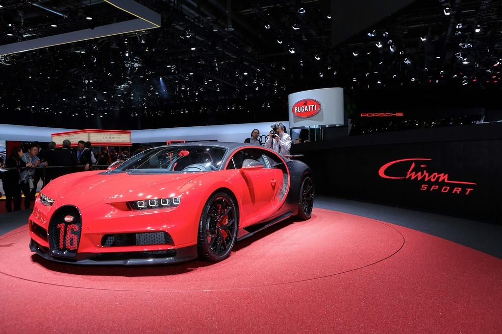 Bugatti Chiron them phien ban Sport gia 3,2 trieu USD hinh anh 1