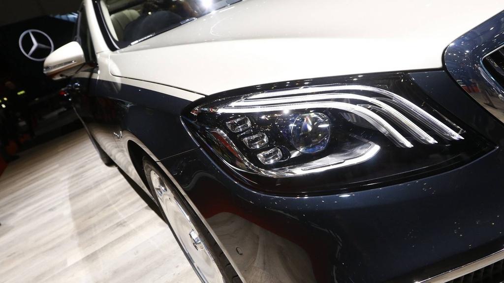 Mercedes-Benz S-Class Maybach 2019 noi bat tai trien lam Geneva hinh anh 2