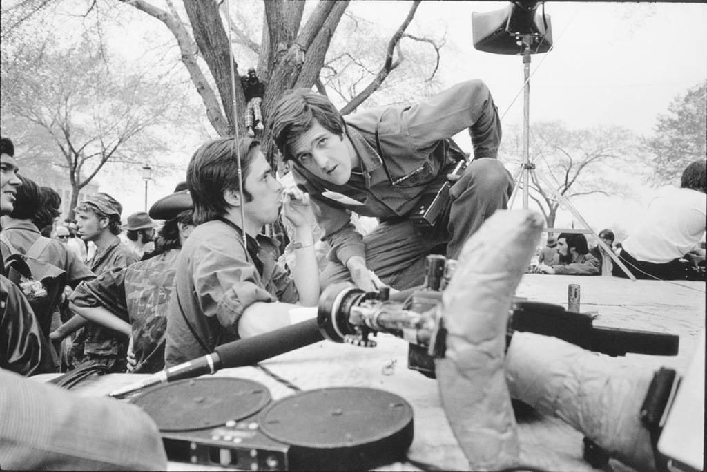 John Kerry va dinh menh mang ten Viet Nam hinh anh 2