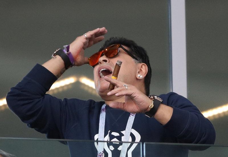Messi, Argentina va cay thanh gia Maradona hinh anh 4