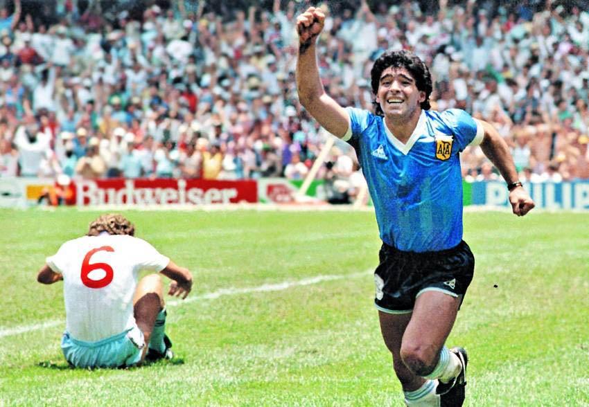 Messi, Argentina va cay thanh gia Maradona hinh anh 2