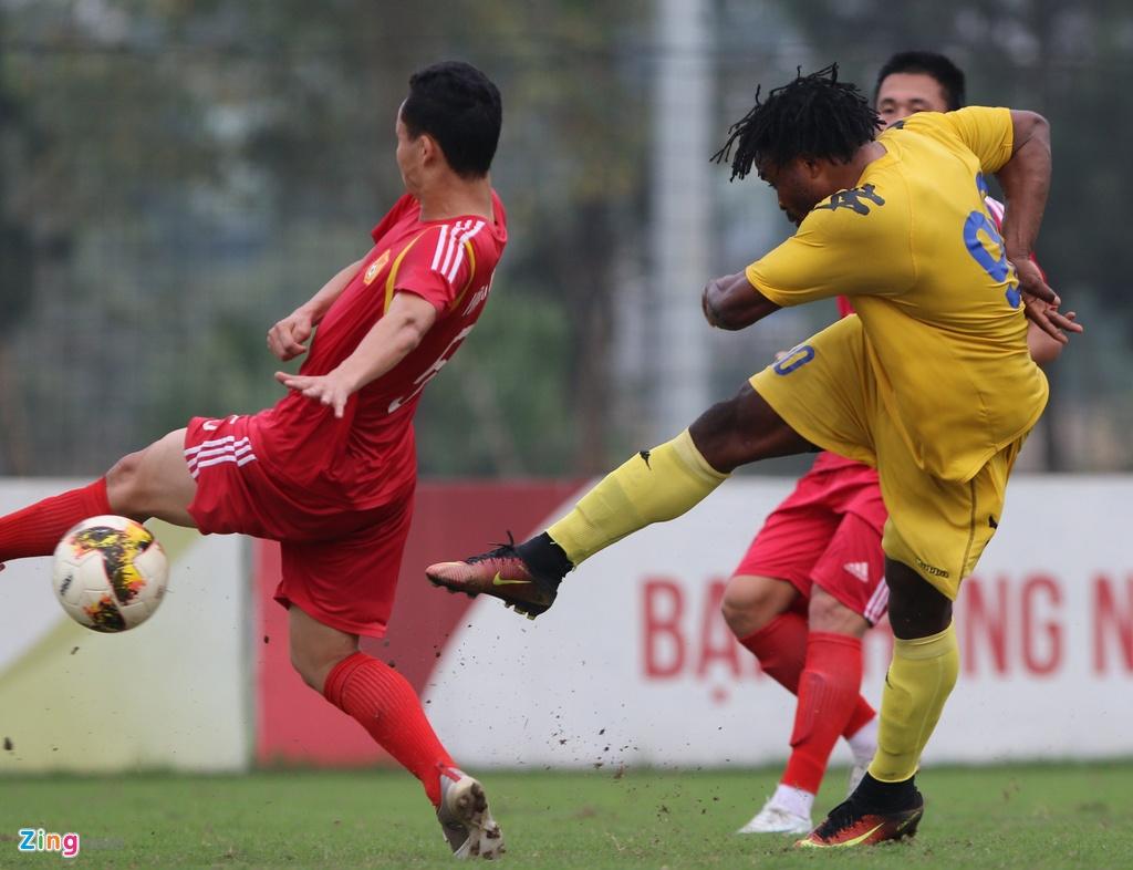 Nong cot doi U23 thua tan binh V.League 0-3 o tran giao huu hinh anh 4