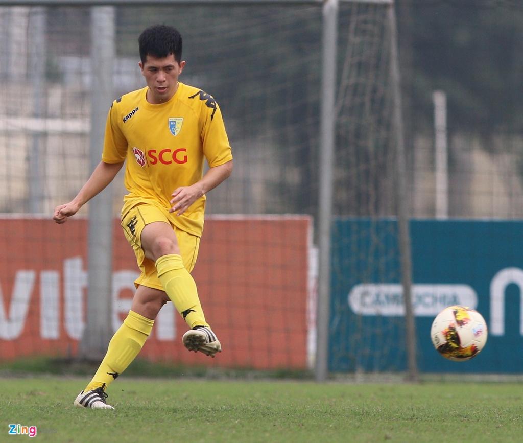 Nong cot doi U23 thua tan binh V.League 0-3 o tran giao huu hinh anh 7