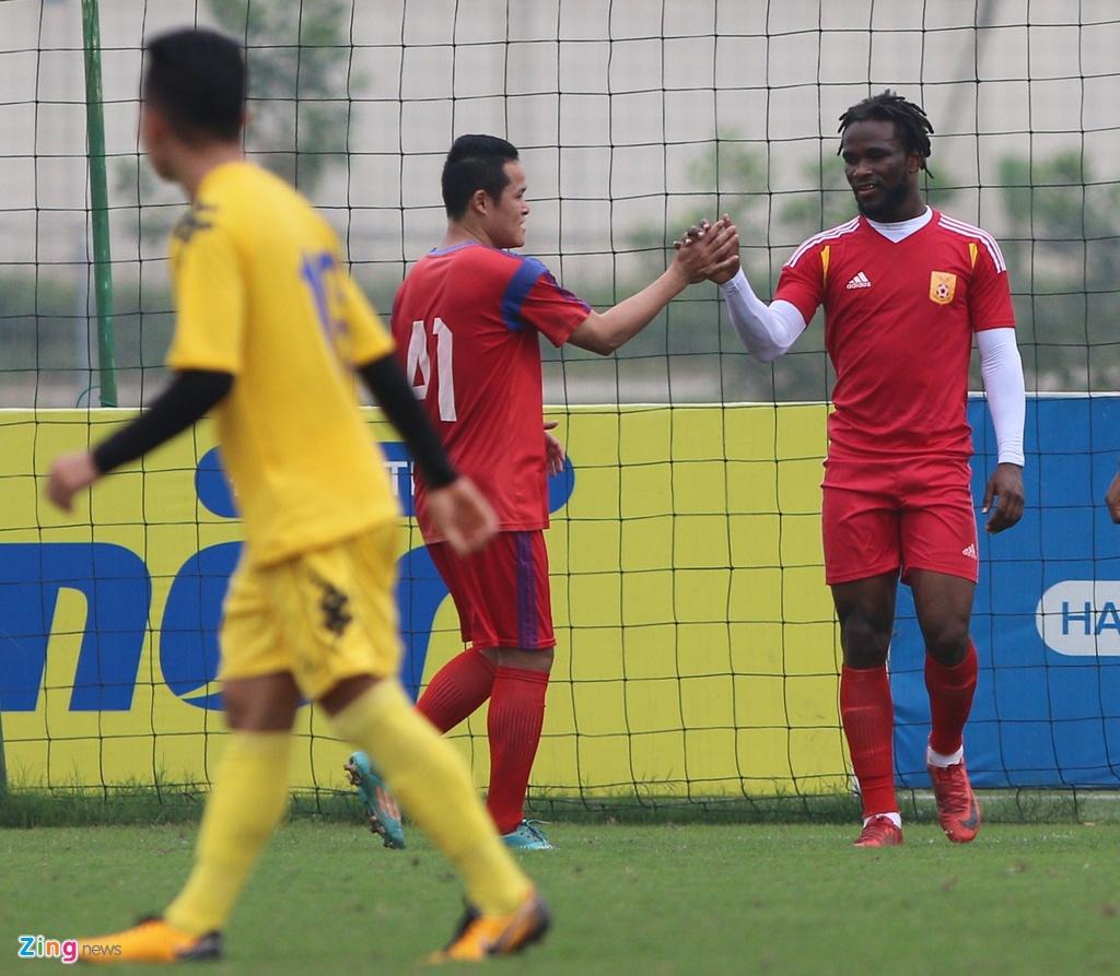 Nong cot doi U23 thua tan binh V.League 0-3 o tran giao huu hinh anh 8