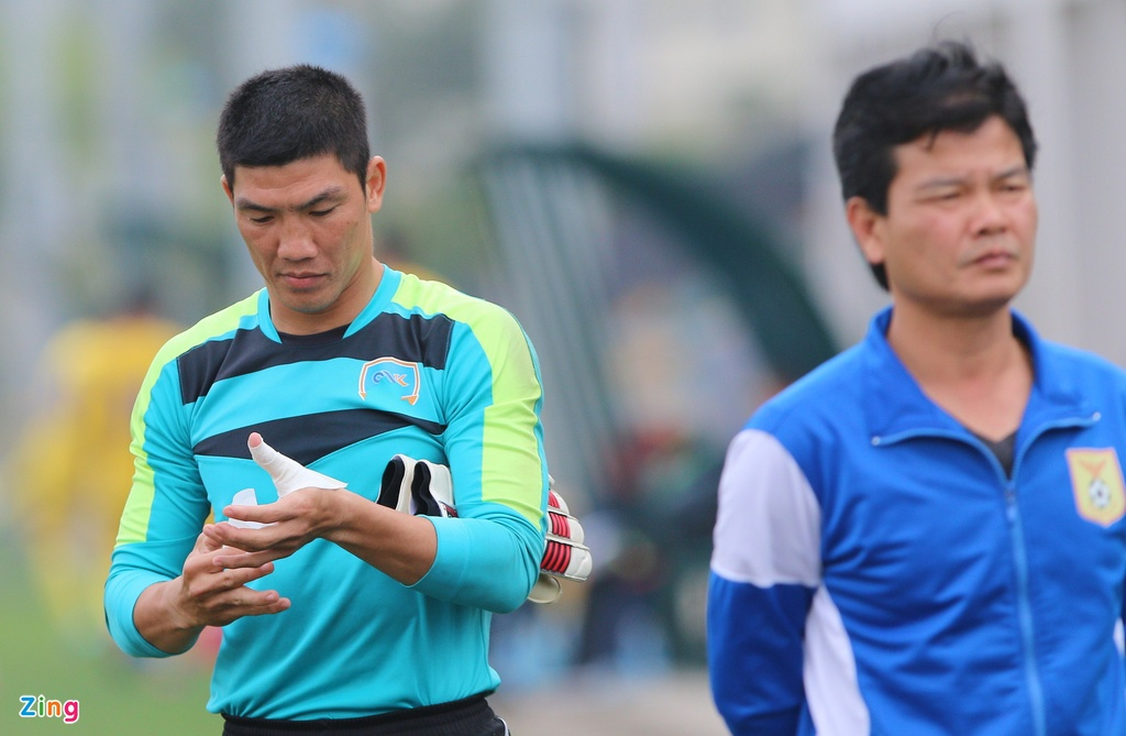 Nong cot doi U23 thua tan binh V.League 0-3 o tran giao huu hinh anh 9
