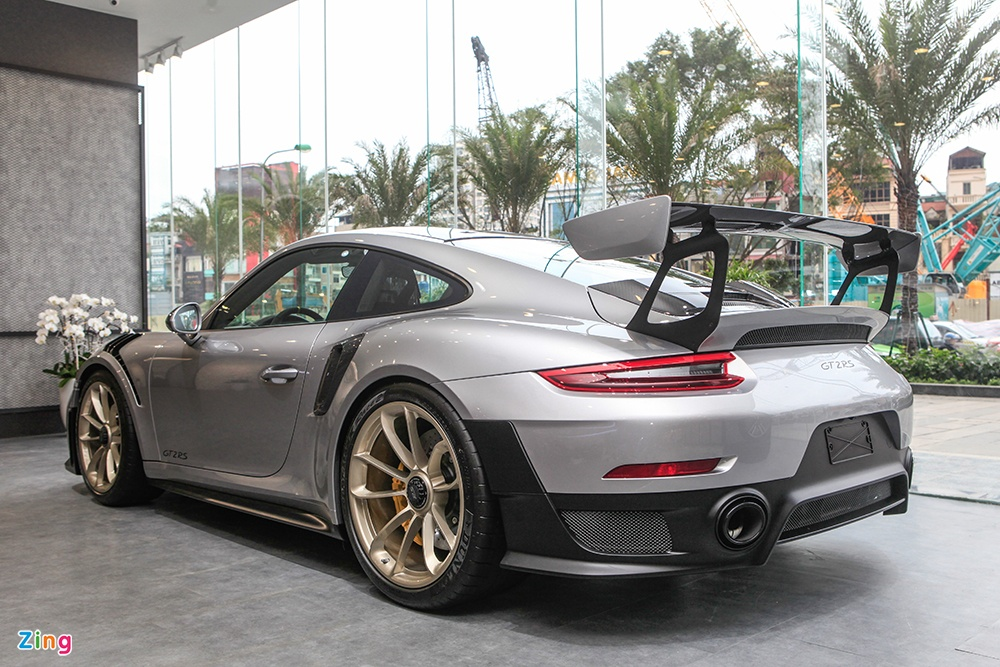 Chi tiet Porsche 911 GT2 RS manh nhat lich su, gia 20 ty o VN hinh anh 11