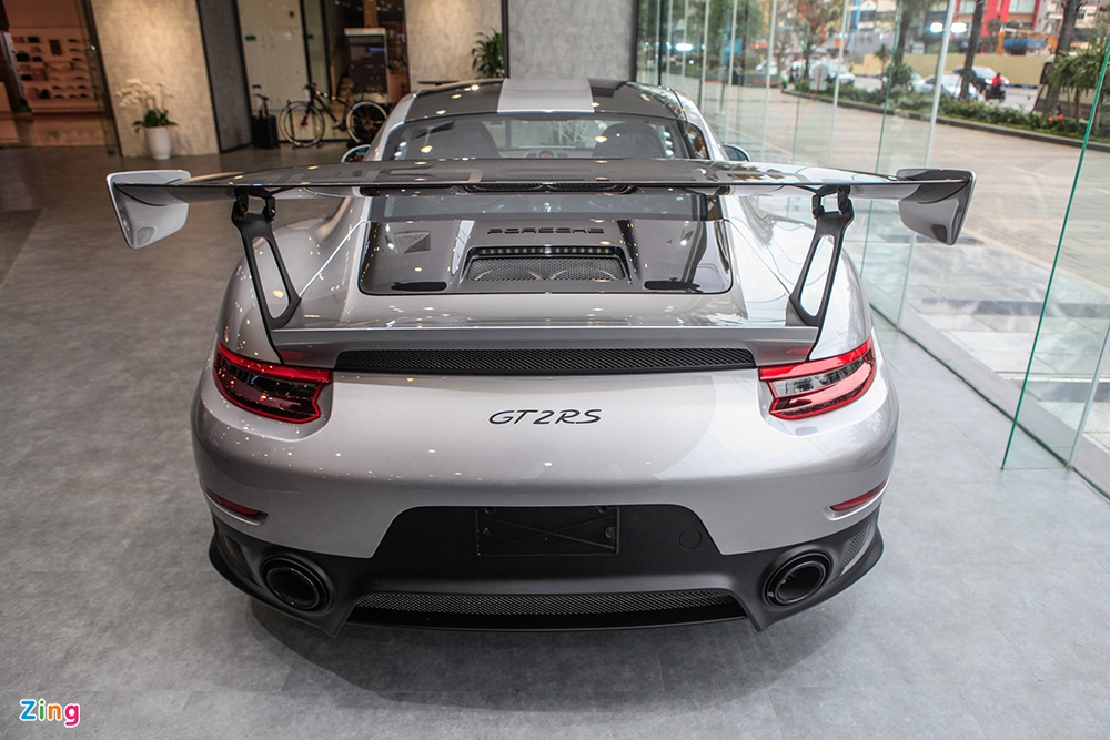 Chi tiet Porsche 911 GT2 RS manh nhat lich su, gia 20 ty o VN hinh anh 12