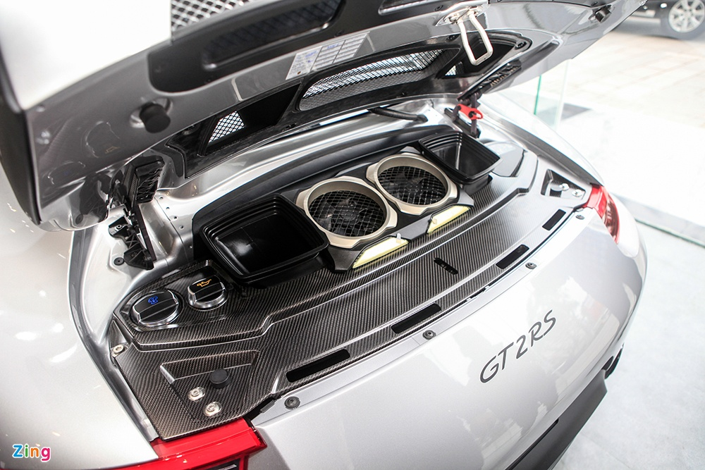 Chi tiet Porsche 911 GT2 RS manh nhat lich su, gia 20 ty o VN hinh anh 2