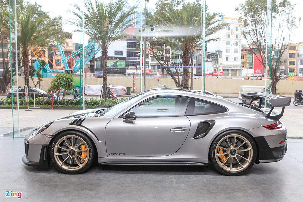 Chi tiet Porsche 911 GT2 RS manh nhat lich su, gia 20 ty o VN hinh anh 9