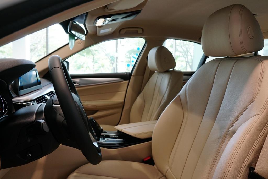 BMW 5-Series the he 7 ra mat tai VN, gia tu 2,4 ty hinh anh 7