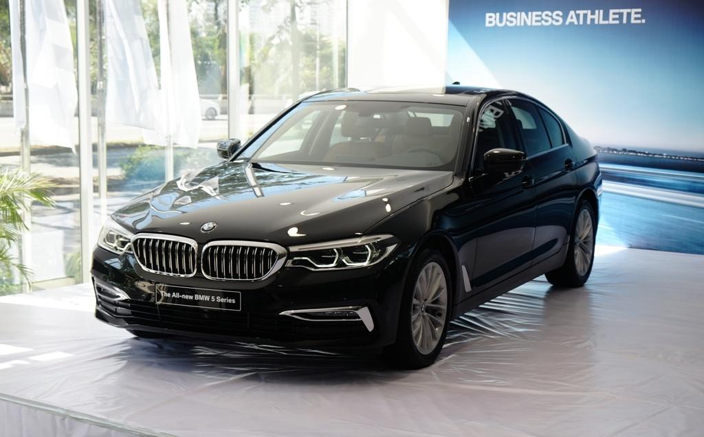 BMW 5-Series the he 7 ra mat tai VN, gia tu 2,4 ty hinh anh 1