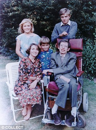 Chuyen tinh dep nhung khong tron ven cua Stephen Hawking hinh anh 2