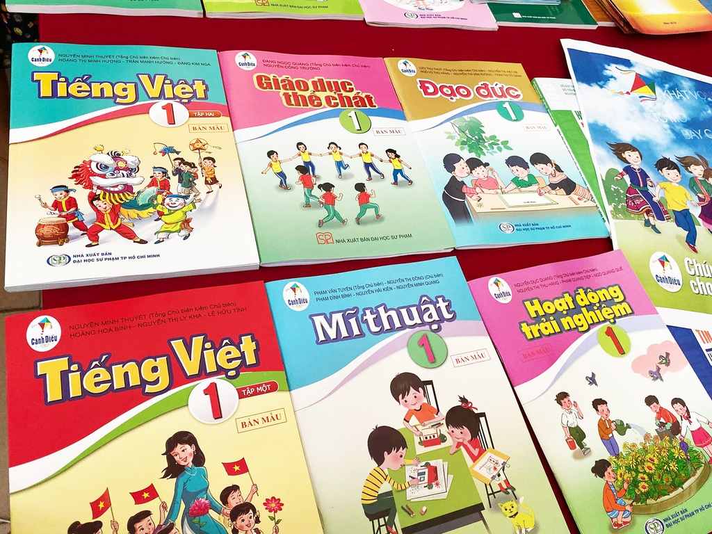 sach Tieng Viet 1 bo Canh dieu anh 3