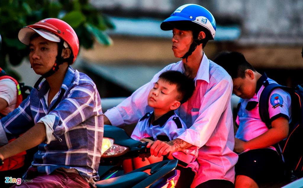 ket xe cau Chanh Hung duong Pham Hung o Sai Gon anh 9