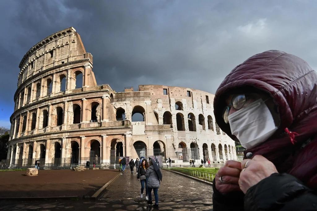 Italy co lap mien Bac, dan hoang loan chay khoi 'vung do'