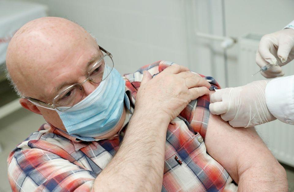 hieu qua cua 6 loai vaccine Covid-19 anh 3