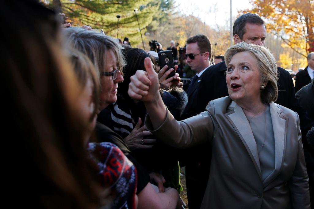 Hillary Clinton di bau cu anh 5