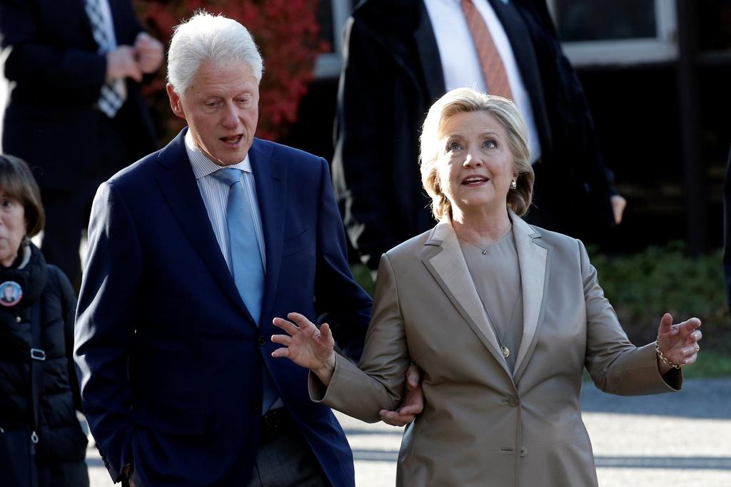 Hillary Clinton di bau cu anh 2