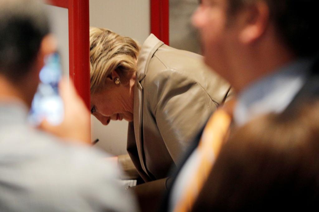 Hillary Clinton di bau cu anh 3